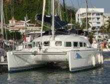 Lagoon 380 S2 : En Marina